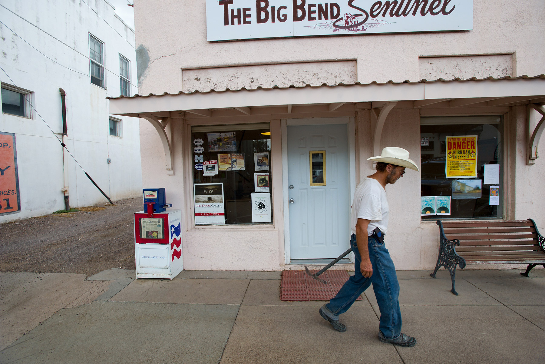 JoshuaBright_Town&Country_Deadline_WeeklyPaper_TheBigBendSentinel_Marfa_Texas_color